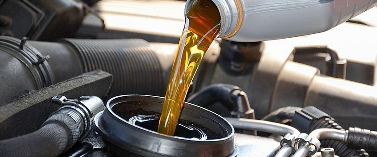 Motor- és hajtóműolaj csere